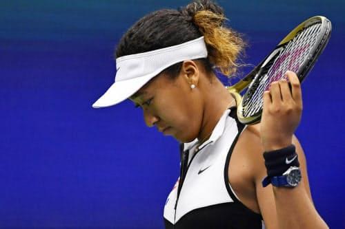 大坂は全米オープンテニスでも4回戦で敗退するなど、四大大会で好結果が出なかった=共同