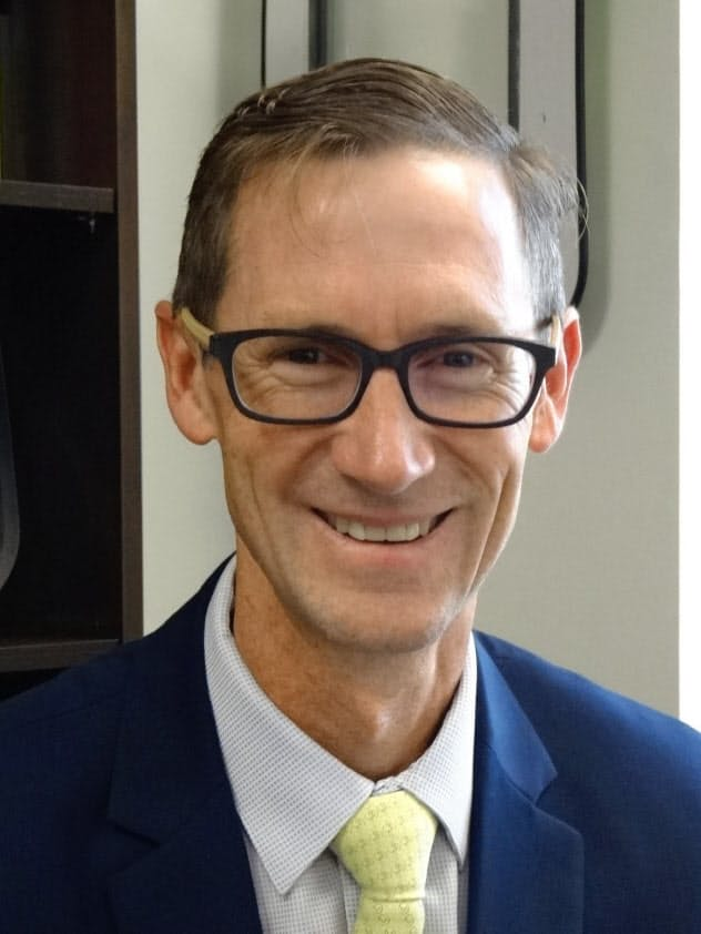 Gareth Joyce 南アフリカのランド・アフリカーンス大学で経営学修士。金融機関から独メルセデス・ベンツに転じ、南ア、欧州、北米の要職を経て、米デルタ航空の上級副社長(SVP)に就任。従業員3万人以上を抱える最大部門の顧客サービスを指揮する一方、貨物部門の社長も兼ねる。