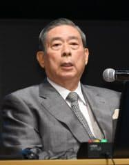 講演するSBIホールディングスの北尾吉孝社長(3日、東京・丸の内)