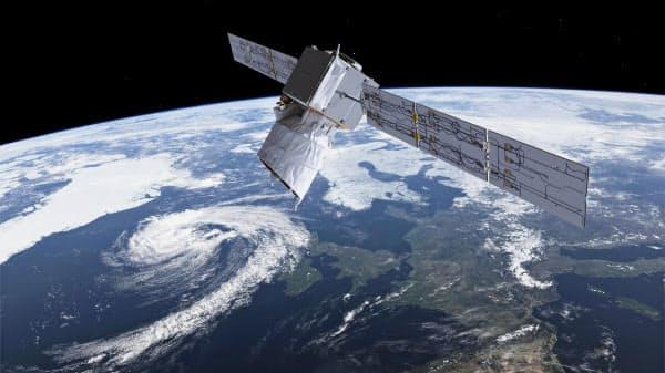 軌道を回る欧州宇宙機関の地球観測衛星の想像図=ESA提供・共同