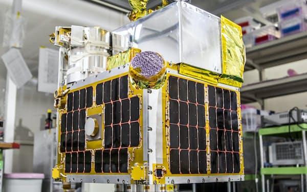 ALEの衛星は直径1センチの粒を地球に放出し、燃え尽きる際に流れ星に見える