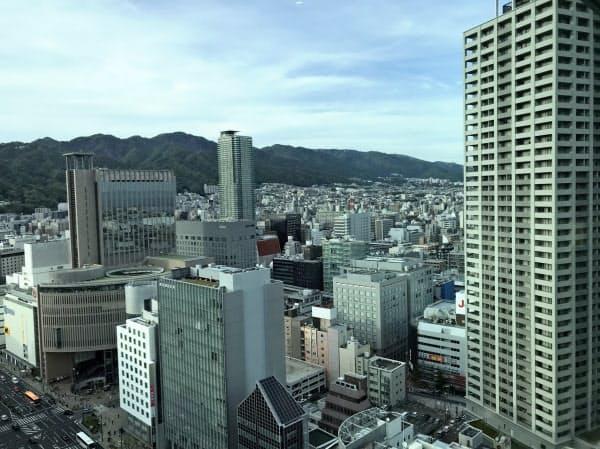 神戸市は中心部でのタワマン新設を規制し、オフィス・商業施設の集積を狙う