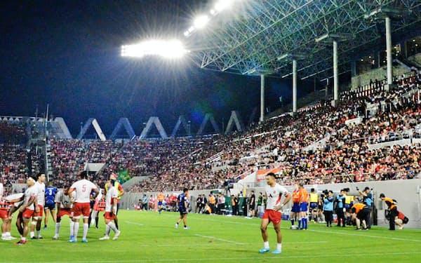 3日の日本対トンガ戦には多くの観客が訪れた