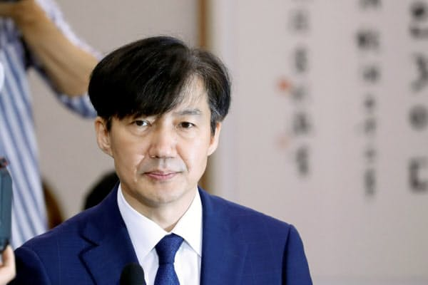 韓国の次期法相候補の曺国(チョ・グク)前民情首席秘書官(ソウル)=ロイター