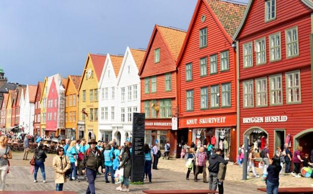 道路課金反対を訴える新党は9日の地方選でベルゲンなどの大都市で支持を集めるとみられている(同市の埠頭地区)=AP