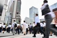 人口が減っている日本は労働生産性を高めることが課題だが…