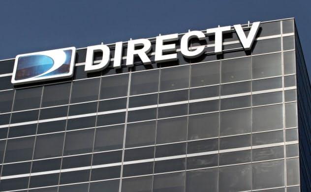 動画配信サービスに押されて、AT&Tが2014年に買収したディレクTVの加入者は減少している=ロイター