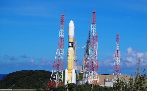 打ち上げが中止されたH2Bロケット(10日、種子島宇宙センター)