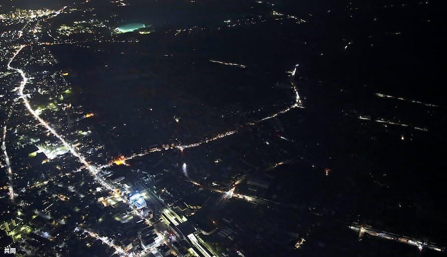 千葉など46万軒なお停電 全面復旧の見通したたず: 日本経済新聞