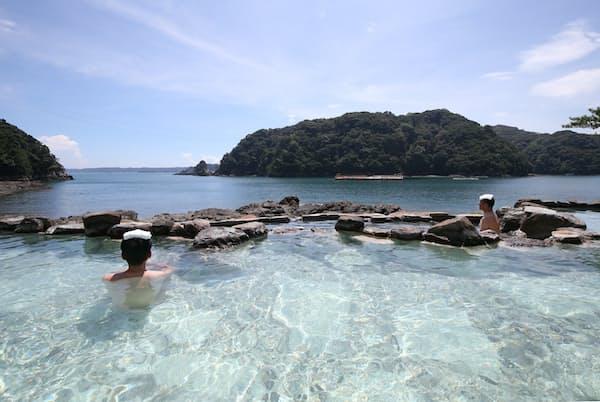 1位の熊野別邸中の島の露天風呂「紀州潮聞之湯」
