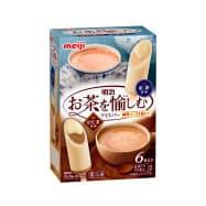 明治が発売する「明治 お茶を愉しむアイスバー ~練乳ソースを添えて~ 紅茶ラテ・ほうじ茶ラテ」