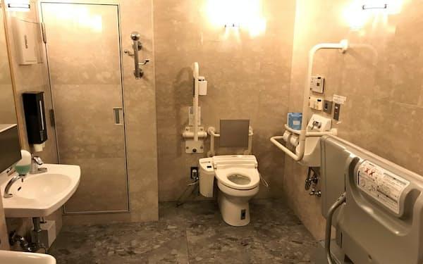 参院本館2階の多目的トイレ