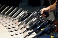 米大手145社の経営トップが連名で、銃規制強化に取り組むように米上院に要請した=AP