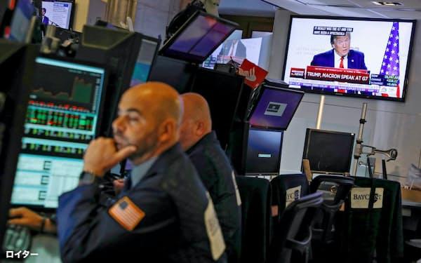 トランプ氏が株式市場を翻弄(ニューヨーク証券取引所)=ロイター