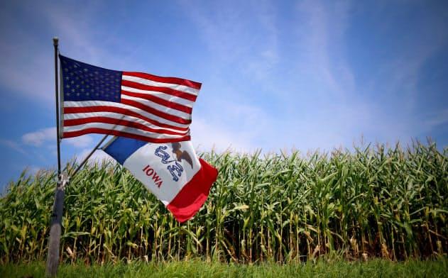 アイオワ州のトウモロコシ畑=ロイター
