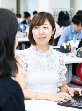 ネオキャリアの本社で働く平山希さん(東京都新宿区)