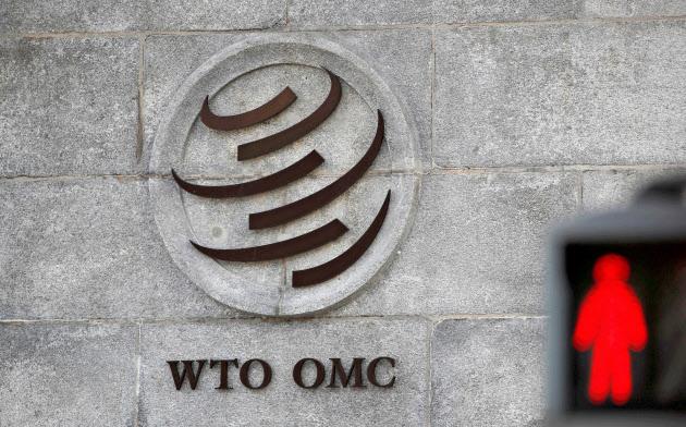 スイス・ジュネーブのWTO本部のマーク(2018年10月)=ロイター共同