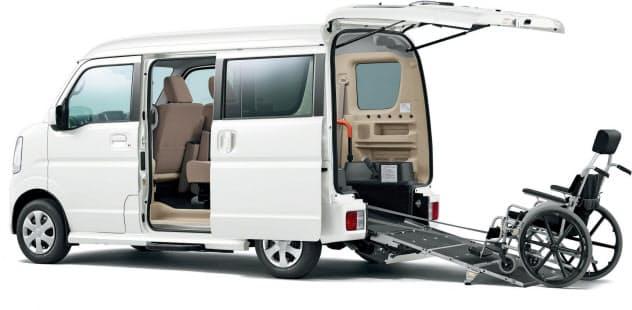 スズキが国際福祉機器展に出展する「エブリイ 車いす移動車」