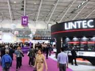 半導体材料・装置の国際展示会「セミコン台湾」の会場(18日、台北市)