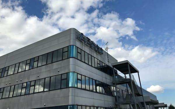まず富山県南砺市の本社工場にAI検査装置を導入した