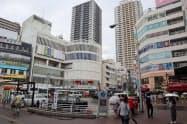 JR本八幡駅周辺は再開発が続き、地価を押し上げている