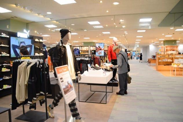 東急百貨店札幌店はアウトドア・スポーツ関連のブランドを強化した(19日、札幌市)