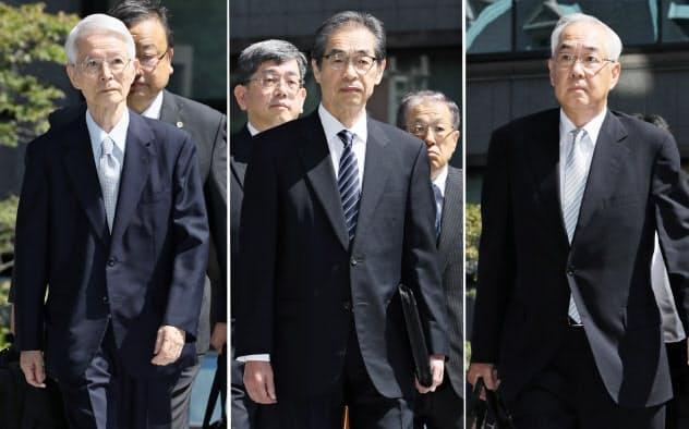 判決公判のため東京地裁に入る東京電力の(左から)勝俣恒久元会長、武黒一郎元副社長、武藤栄元副社長(19日午前)