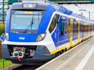 電機部品を納入するオランダ鉄道の車両