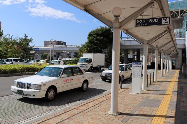 長野県内のタクシー事業者は通常の運賃改定も求めていた(長野市のJR長野駅前)