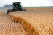 米国産小麦に年14万トンの輸入枠を設ける(米イリノイ州ディクソンの農場)=ロイター