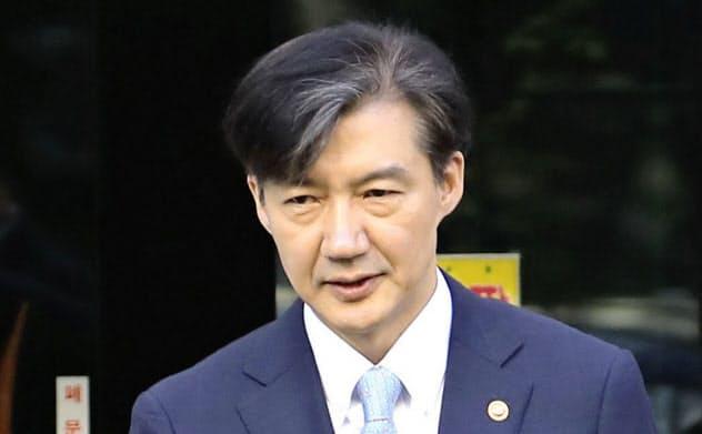 韓国検察、疑惑の法相の自宅捜索