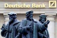 ドイツ銀行は投資銀行部門の縮小を急ぐ=ロイター