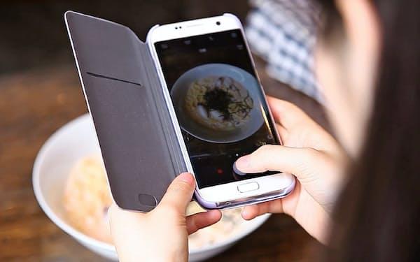日々の食事を撮影するとアプリで改善提案を受けられる