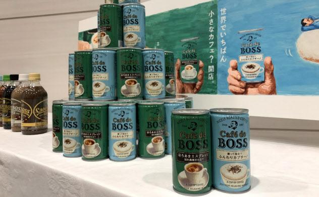 サントリー食品は缶コーヒー「BOSS」の新シリーズを立ち上げた