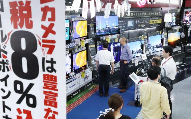 9月に入り家電の駆け込み需要の勢いが増す(東京都千代田区のヨドバシカメラマルチメディアAkiba)