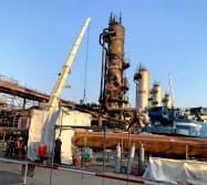 攻撃を受けた東部アブカイクの石油施設(20日)