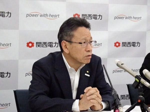 関電の岩根社長は大津市でのガス契約開拓に意欲(26日、大阪市)