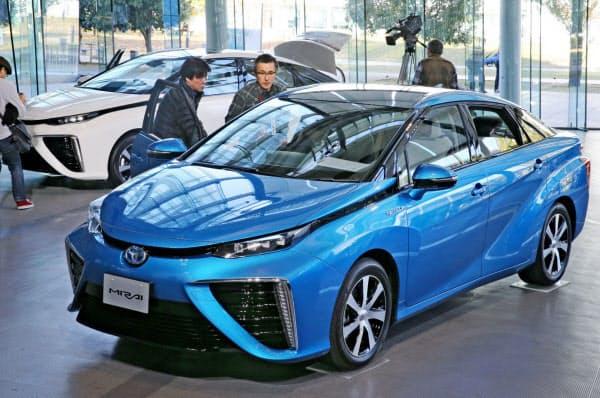 トヨタは中国で提携先を増やして燃料電池車(FCV)の早期普及を目指す(水素を燃料に走るトヨタのFCV「ミライ」)