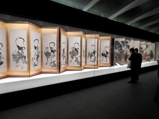 約1500点のコレクションの中から、オープニングに合わせ、伊藤若冲ら約80点の作品を披露する