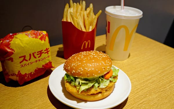 日本マクドナルドは単品200円、セット500円のスパチキをメニューに追加し値ごろ感を訴求