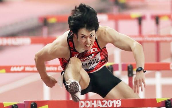 男子110メートル障害で準決勝に進出した高山=山本博文撮影