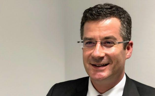 バリュー・バランシング・アライアンスのクリスチャン・ヘラ-CEO