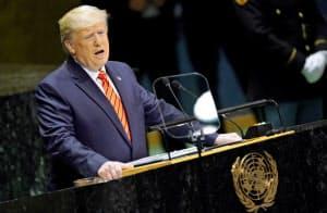 9月24日、米ニューヨークの国連本部で、一般討論演説するトランプ大統領(ロイター=共同)
