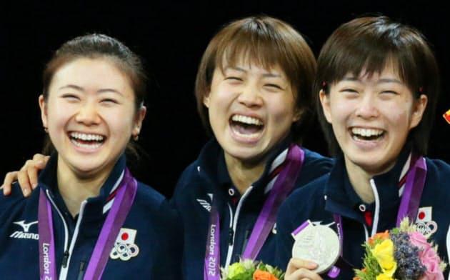 ロンドン五輪の卓球女子団体で日本は銀メダルを獲得(2012年8月、ロンドン)
