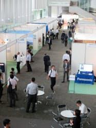スマートシティ関連の80以上の企業・団体が出展した(3日)