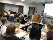 西武鉄道は学生らと大学でワークショップを開催した(9月、東京・練馬)