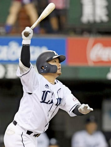 森は首位打者を獲得したほか、打撃3部門すべてでキャリアハイを記録した=共同