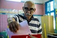 チュニジアで6日、議会選挙が実施された=AP