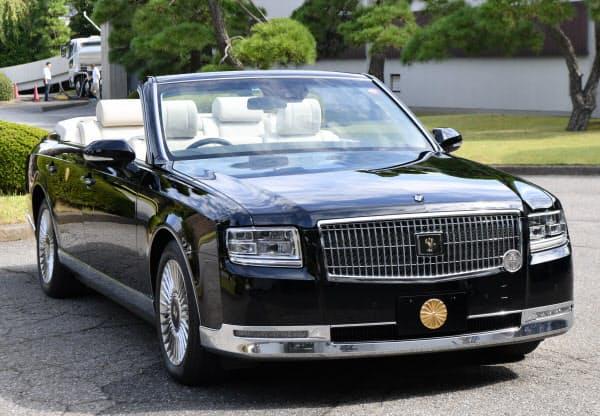 報道陣に公開された「祝賀御列の儀」で天皇、皇后両陛下が乗るオープンカー(7日午前、東京都千代田区)