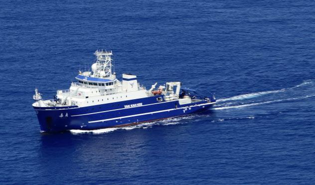 中国海洋調査船は3月、東京・沖ノ鳥島沖も航行した(第3管区海上保安本部提供)